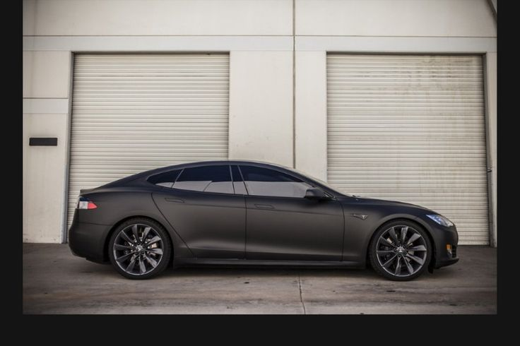 Tesla model S full matte black wrap