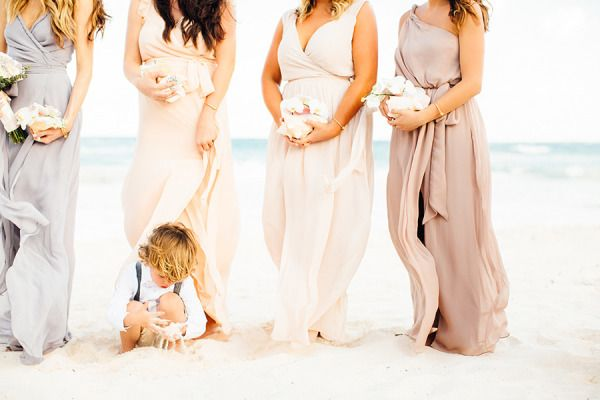 Beachy perfection: http://www.stylemepretty.com/destination-weddings/2015/05/08/destination-tulum-mexico-beach-wedding/ | Photography: BrittRene - http://brittrenephoto.com/