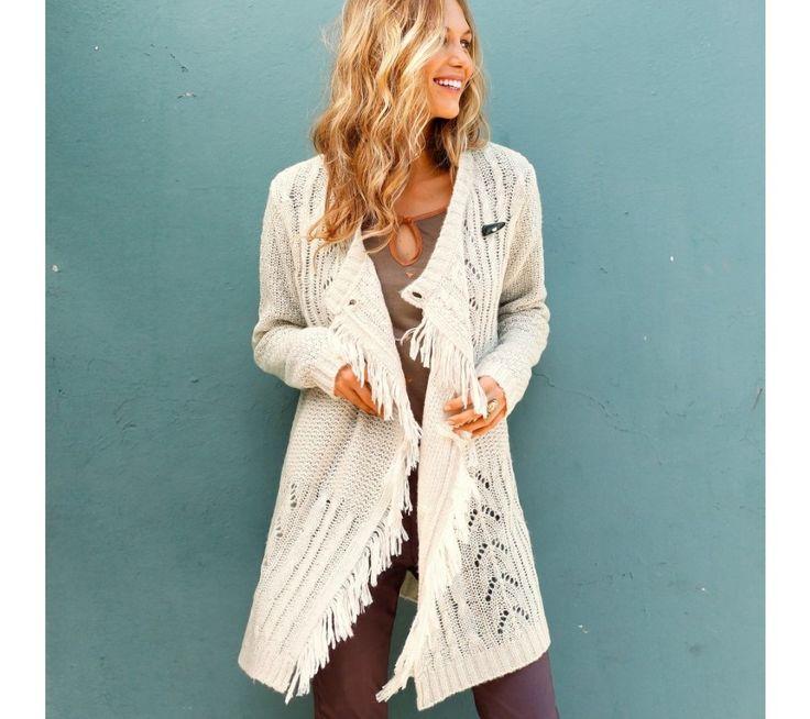 Dlhý sveter so strapcami a pleteným vzorom. | blancheporte.sk #blancheporte #blancheporteSK #blancheporte_sk #newcollection #autumn #fall
