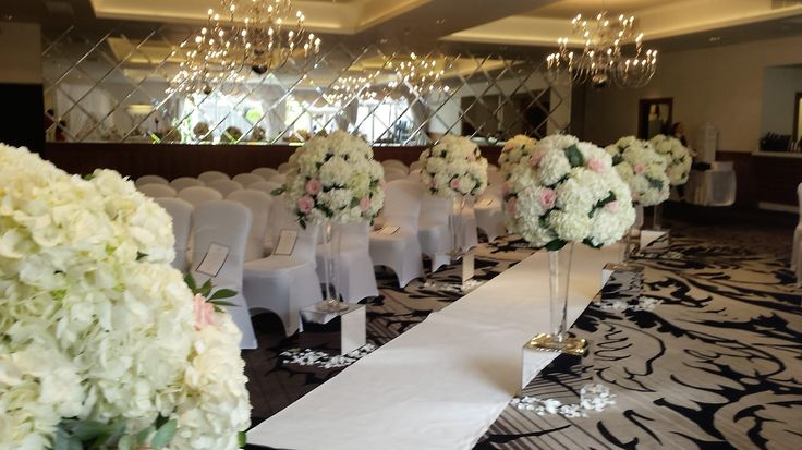 Wedding Aisle Decoration at Hotel Colessio Stirling