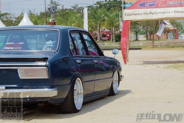 Slammed Corolla KE