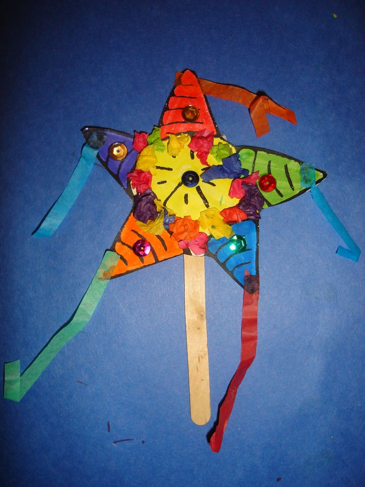 Popsicle stick pinata star wand- Color and decorate with markers, sequins, and tissue paperLos Pasados Holidays around the world.