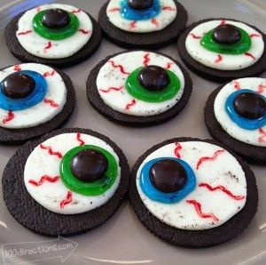 OREO Cookie Eyeballs – A Halloween Treat DIY