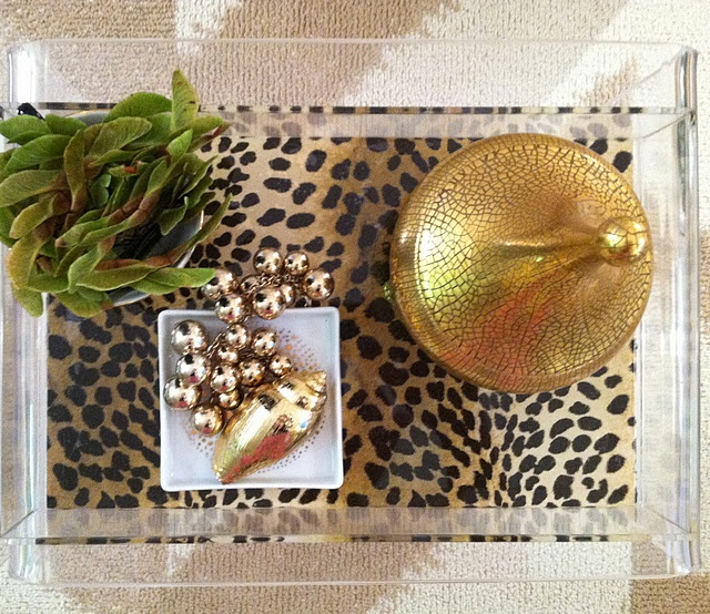 DIY - Lucite Tray with patterned bottom