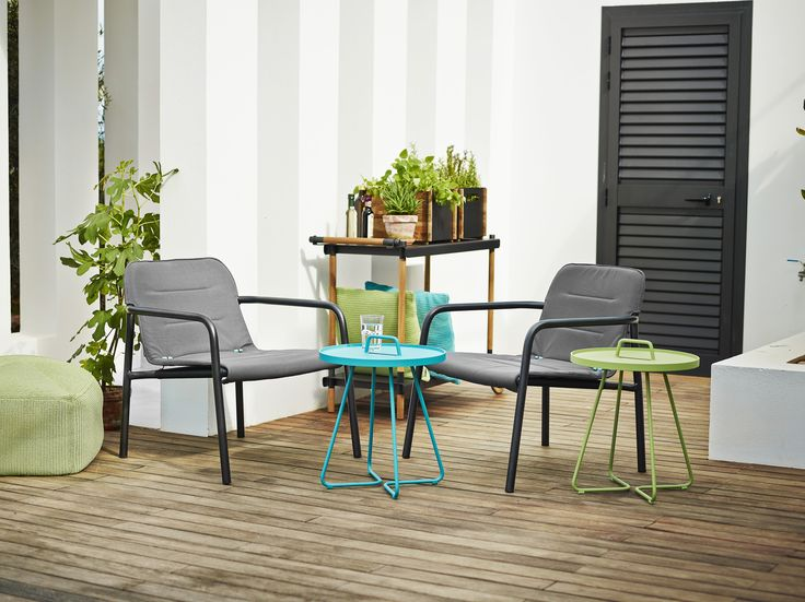 Kapa lounge chair - destined for patios and balconies. Scandinavian, modern and timeless design.