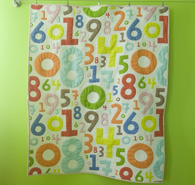 yip numbers quilt reprise machine quilting fabric art and crafty. Black Bedroom Furniture Sets. Home Design Ideas