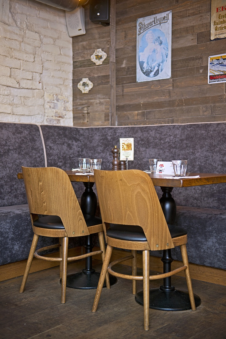 Basic chair design - Basic Collection Il Fornetto Red Moscow Restaurant Design Furniture Russia