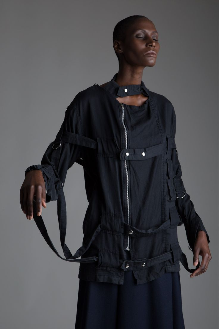17  ideeën over Straight Jacket op Pinterest - Dwangbuis, Gesticht ...