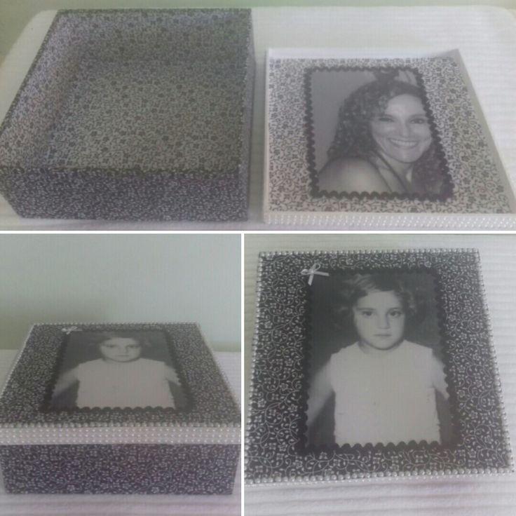 Caixa em mdf com tecido, pérolas e foto antiga.