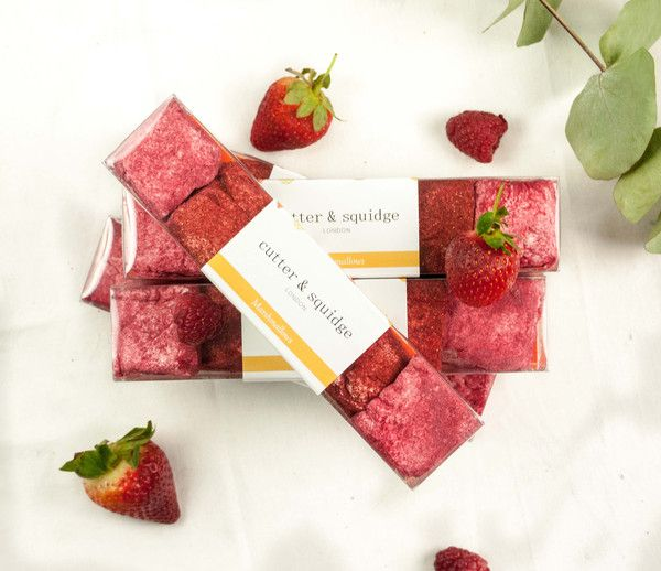 Handmade all natural vegetarian marshmallows with a hint of berries. Delivery in London and UK.