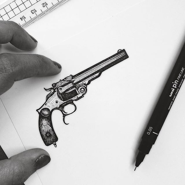 Somebody left their super tiny pistol behind..... A little study into guns. All done by #stippling using 0.05mm #UniPinFineLine // #murderandrose (this edit got my skin looking patchhhhy as hell )
