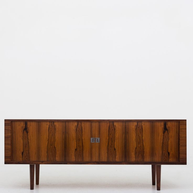 RY 25 - Sideboard in rosewood