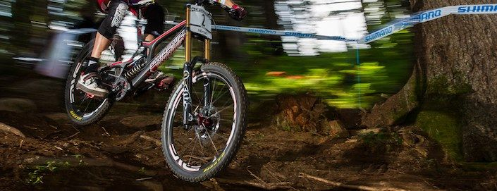 A Beginners Guide to Mountain Bike Suspension Design: http://roa.rs/1fdttNy