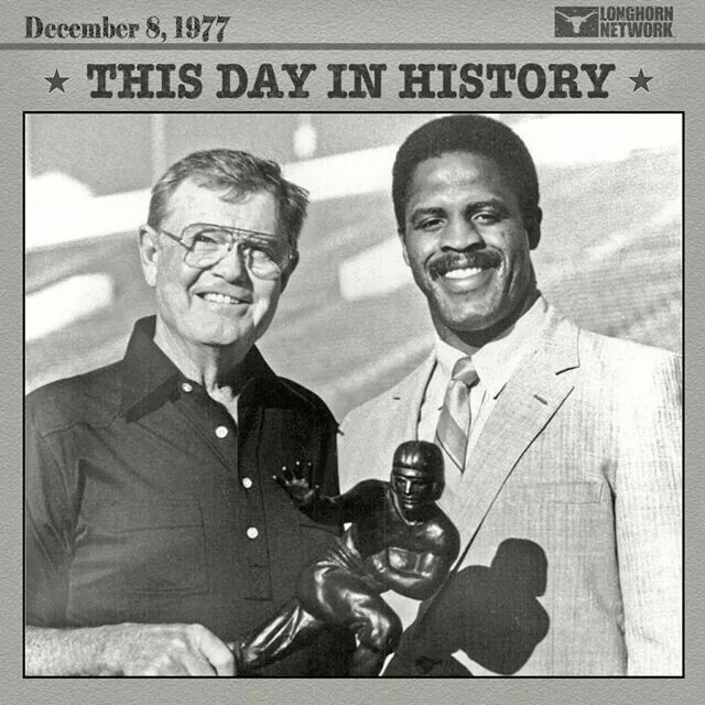 """A special day in History for one of the Greatest LONGHORN LEGENDS HOOK'M """"THE TYLER ROSE"""" EARL CAMPBELL! _/"""