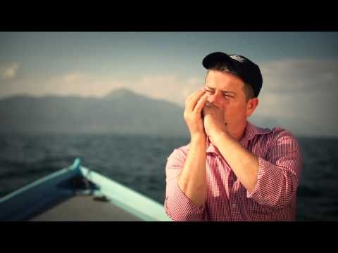 Michael Hirte - I Am Sailing (offizielles Video) - YouTube