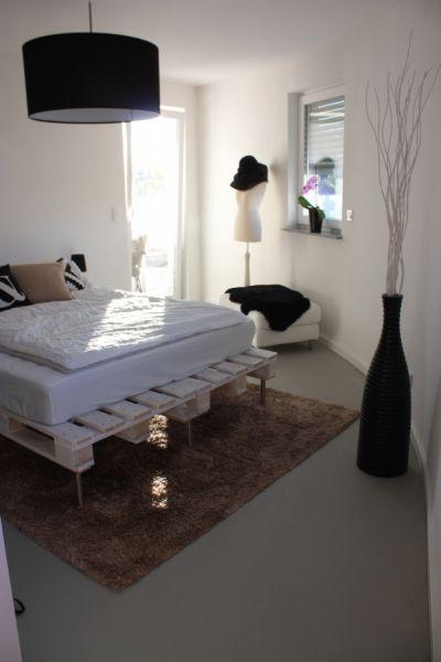 Gestapelt, gehämmert, geklebt - Möbel aus Euro-Paletten   SoLebIch.de