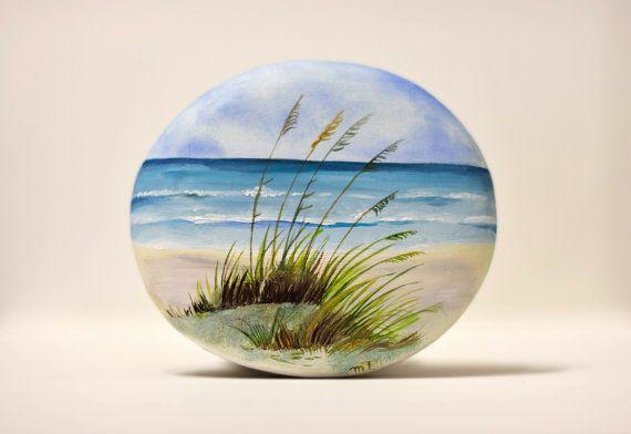 Pietra, dipinto sasso dipinto a mano. Spiaggia