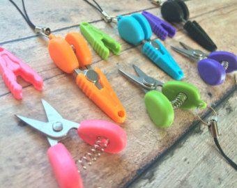 Mini scissors w/stitch marker Sexy Knitter Logo by thesexyknitter