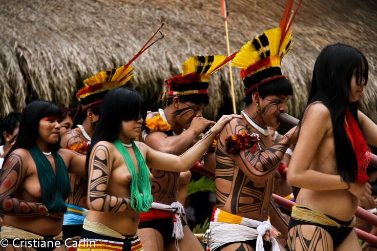 Indios Kuikuros Br Ind 237 Genas Natives 1 Pinterest