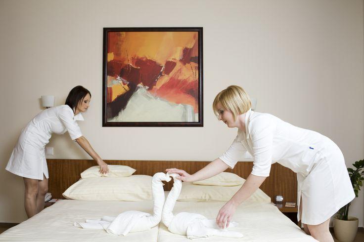 cleaning woman @Hotel_Lajta_Park Address: 9200 Mosonmagyaróvár Vízpart utca 6 www.hotellajtapark.hu info@hotellajtapark.hu