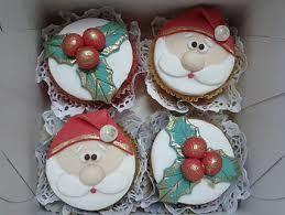 Resultado de imagem para cupcake de natal pasta americana