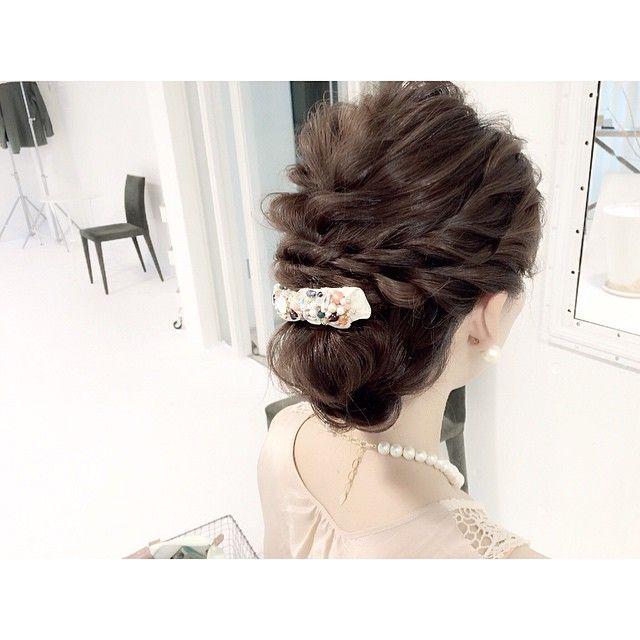 インスタで人気の美容師Gendaiさんに学ぶ小顔ヘアアレンジ | marry[マリー]