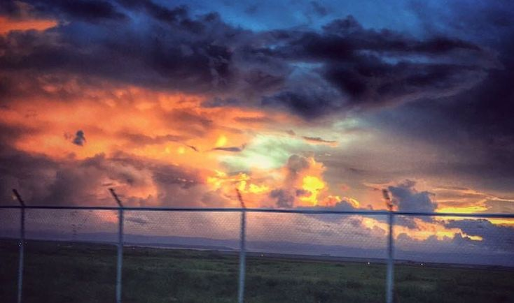 """2 Likes, 1 Comments - Nayco Yap (ᜈᜌ͓ᜃᜓ ᜌᜉ͓) (@likha_ni_nayco) on Instagram: """"Capturing the morning sun in Tacloban City Airport. #iphonography"""""""