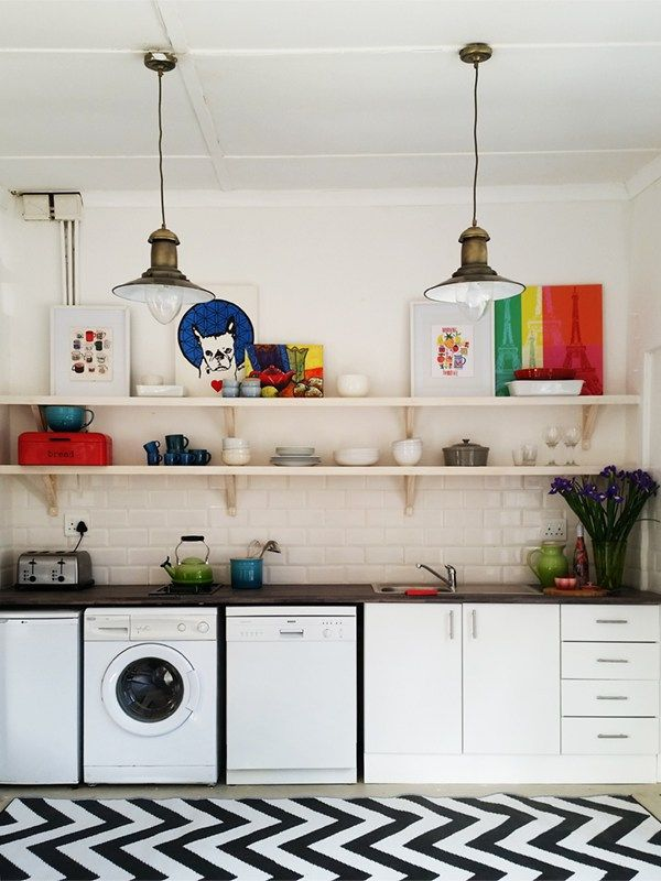 How do you create a tiny kitchen on a budget? With a little creativity, some basic materials and a set of power tools!    | www.homeology.co.za  #decor #kitchen #beautifulhome #beautifulkitchen #Budgetdecor #home #diy