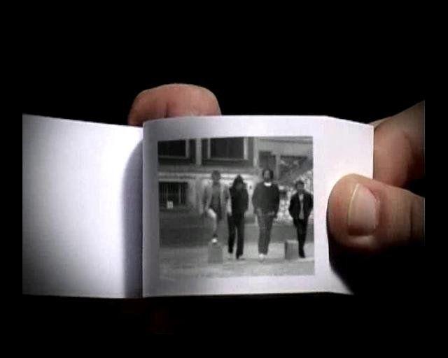FLIP BOOKS    directed by Edouard Salier & Fred Wide /// Images Flip Book : Université Rennes 2 CREA-CIM & LENDROIT Galerie - 2007