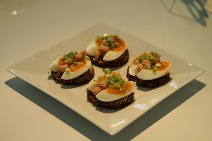 Pienet munaleivät Kotikokki.netin nimimerkki Lilttlechefin reseptillä