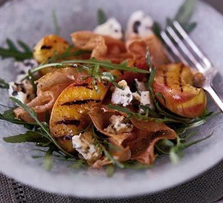 Grilled peaches with proschiutto and blue cheese