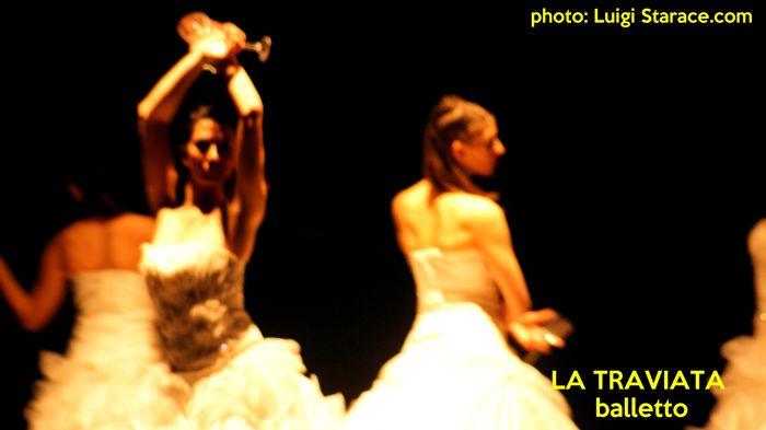 """Balletto di Monica Casadei """"Traviata"""""""