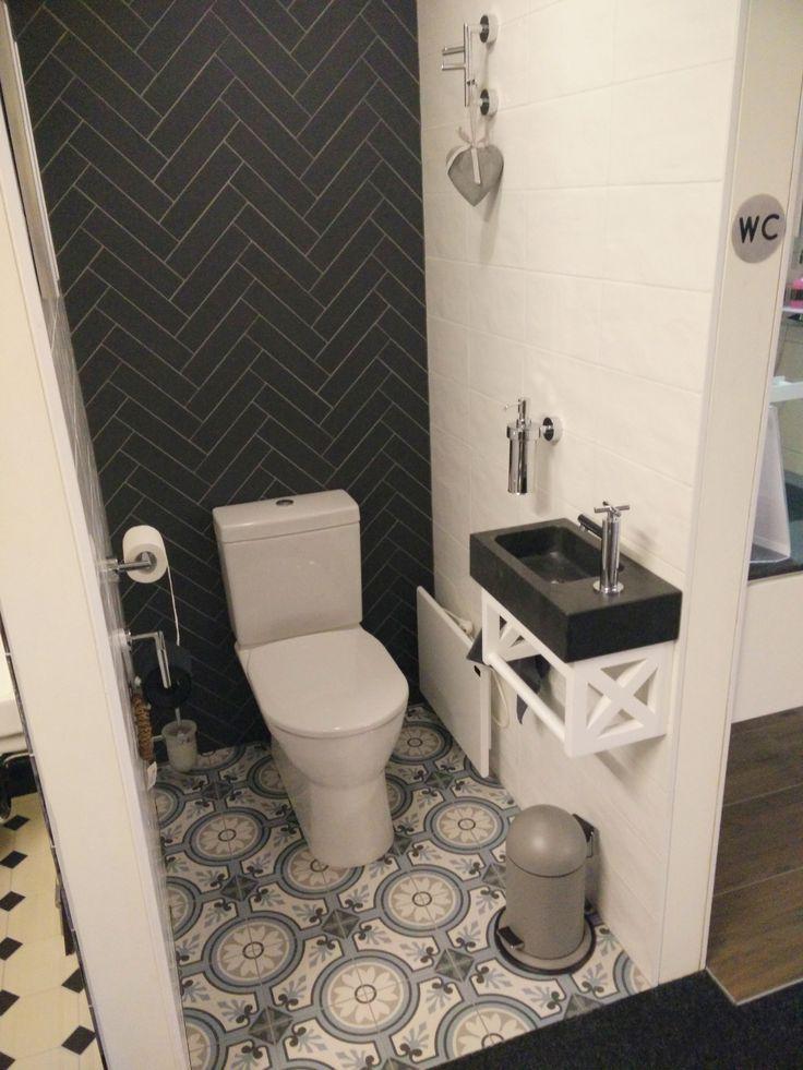 25 beste idee n over witte tegels in de badkamers op pinterest - Kleur wc trend ...