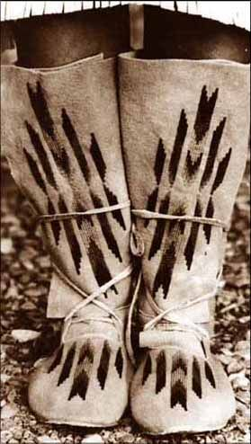 Our pattern for Plains Indian High Top Moccasins includes summer style, made of regular leather, and winter style, made with fur. Two piece ...