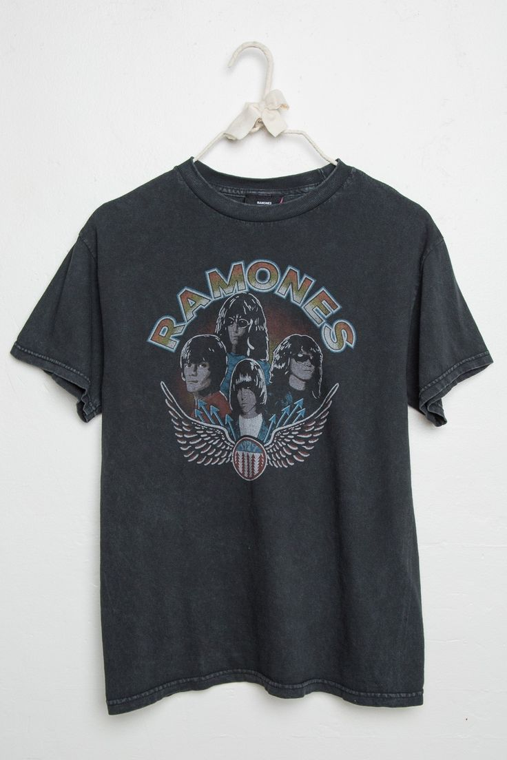 Brandy ♥ Melville | RAMONES Tee - Band Tees - Graphics