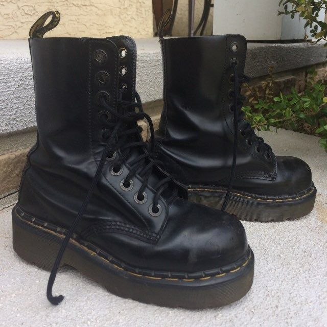 doc martens boots thick sole