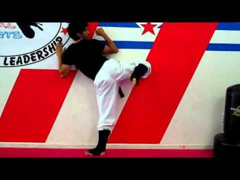 How to improve your Roundhouse Kick Dollyo Chagi - YouTube