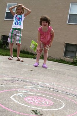 7 fun sidewalk chalk games to get kids outside | #BabyCenterBlog