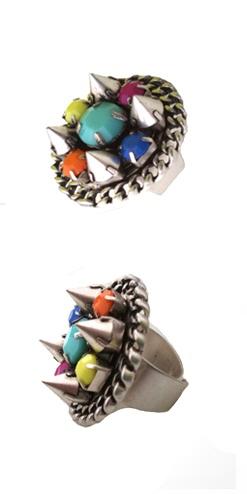 Anillo Púas piedras de colores. Anillo de tendencia con puas y piedras de colores de moda. Decubre las tendencias en anillos para esta temporada 2013.http://Alltrendy.es