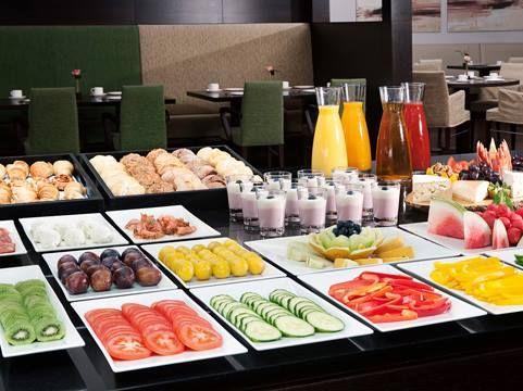 Ontbijtbuffet NH Hotel