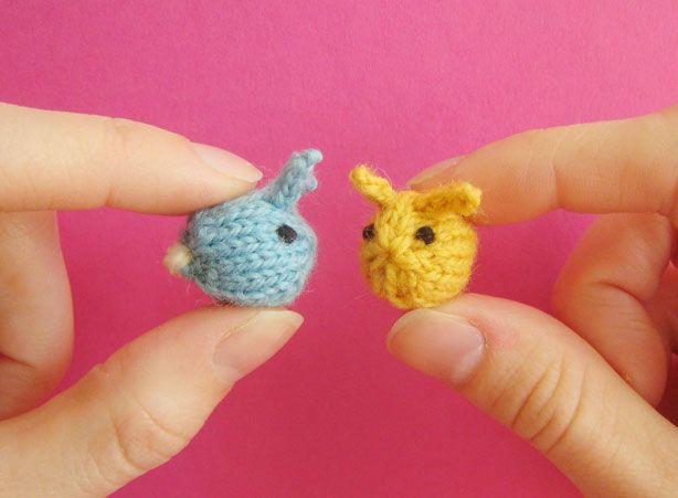 Mochimochi Land - Tiny Baby Bunnies - I'd love to try to make these but i'm still trying to teach myself how to knit with double pointed needles. #knitting #knit #knitting #rabbits #easter