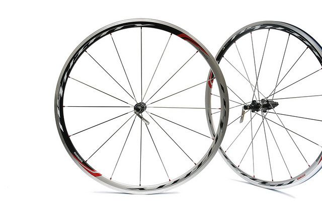 The Shimano RS30 Wheelset is known to be the new Road Sport series to integrate the best technology of the race-proven Dura-Ace wheels but at economical price points. These wheels are great for training rides and/or use at the local races.