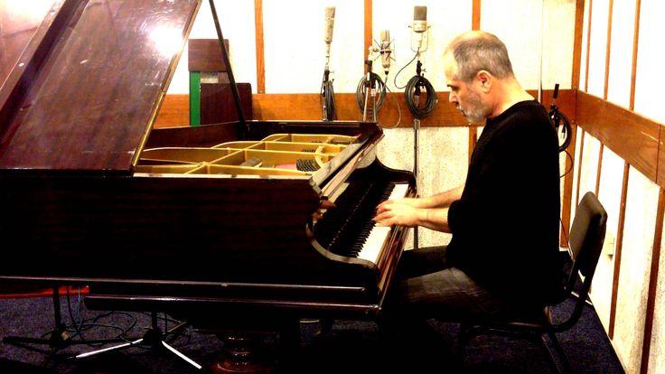 "Микаэл Таривердиев ""Семнадцать мгновений весны"" Haim Shapira (piano)"