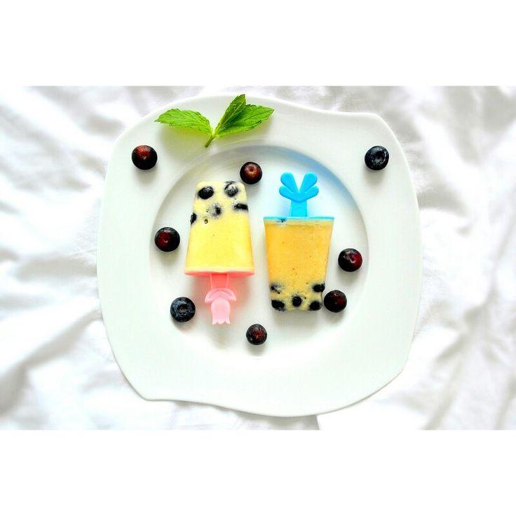 Pogodne lody : ananasowo -  bananowe z borówkami ❤🍦🍍🍌😋  --> Zapraszam na mojego fb https://www.facebook.com/eatdrinklook/   ----------->  Sunny ice cream: pineapple - banana with blueberries ❤🍦🍍🍌😋 --->   Invite you to my fb https://www.facebook.com/eatdrinklook/