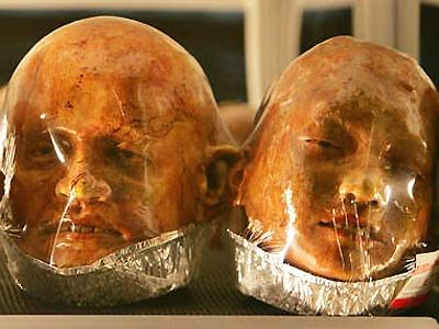 Gruesome body bakery Thailand Artist Kittiwat Unarrom creates  gruesome works of art out of bread.