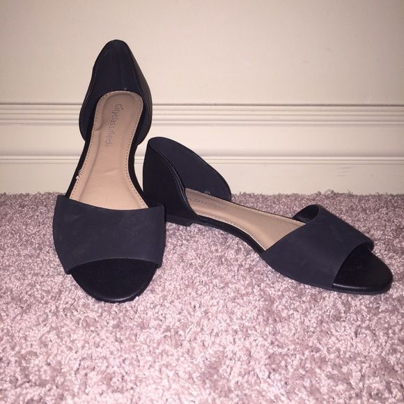Black Open Toe Flats Super cute! Super comfortable. Never been worn black flats. Suede on the strap. Comes from a smoke free home. Shoes Flats & Loafers
