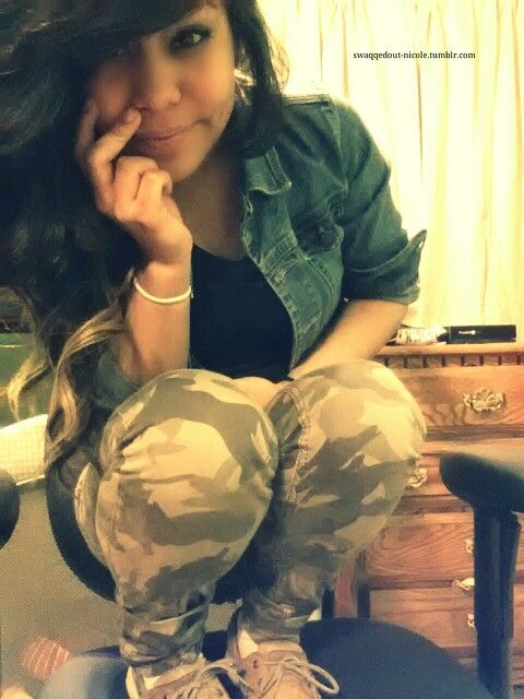 Camoflauge pants, Smile, photography, nicole, hair curled, hair due, blue jean jacket, tumblr
