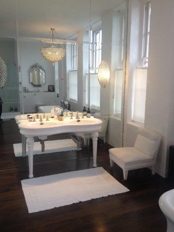 82 Best Interesting Interiors Images On Pinterest Living Room   Qvc  Badezimmer