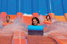 WhiteWater World: Brought to you by Dreamworld, WhiteWater World is no ordinary water park - it's a water ride park. From the most extreme waterslides on the planet to family friendly attractions, WhiteWater World uses cutting edge technology to deliver...