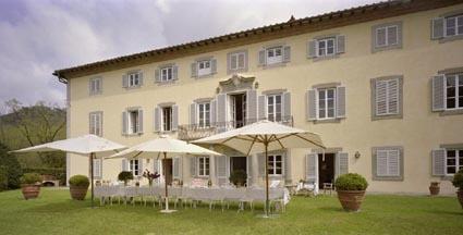 Villa Bocca, fabulous villa sleeping 24 - 45, close to Lucca. Tuscan wedding
